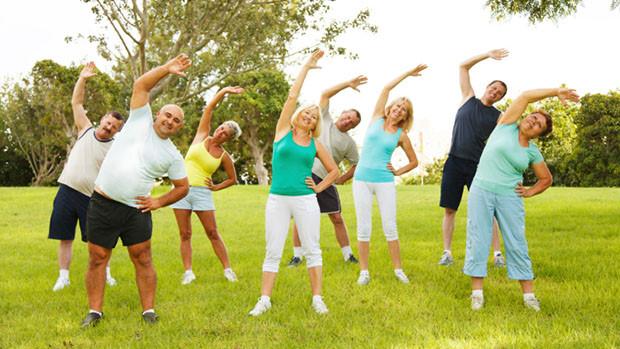 9 cách giúp bạn giảm nhẹ cơn đau khớp